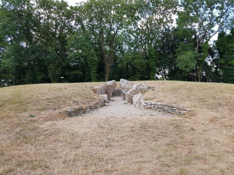 Nympsfield long barrow (Nick Johnston)
